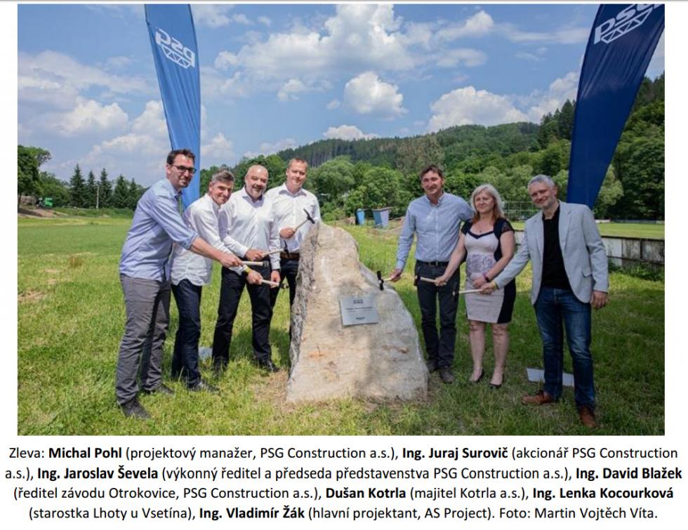 Základní kámen položen. Stavba multifunkčního sportovního centra ve Lhotě u Vsetína může začít