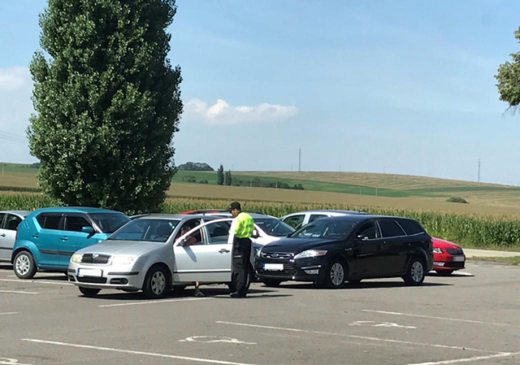 Falešný policista kasíroval řidiče