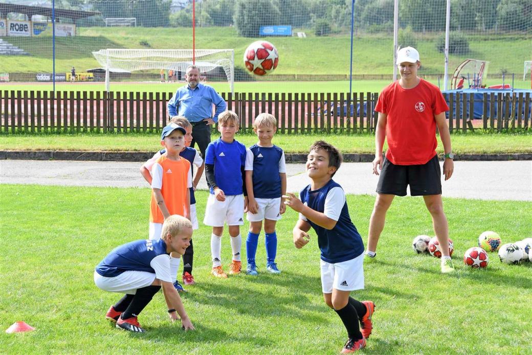 Fotbalové naděje trénují naplno