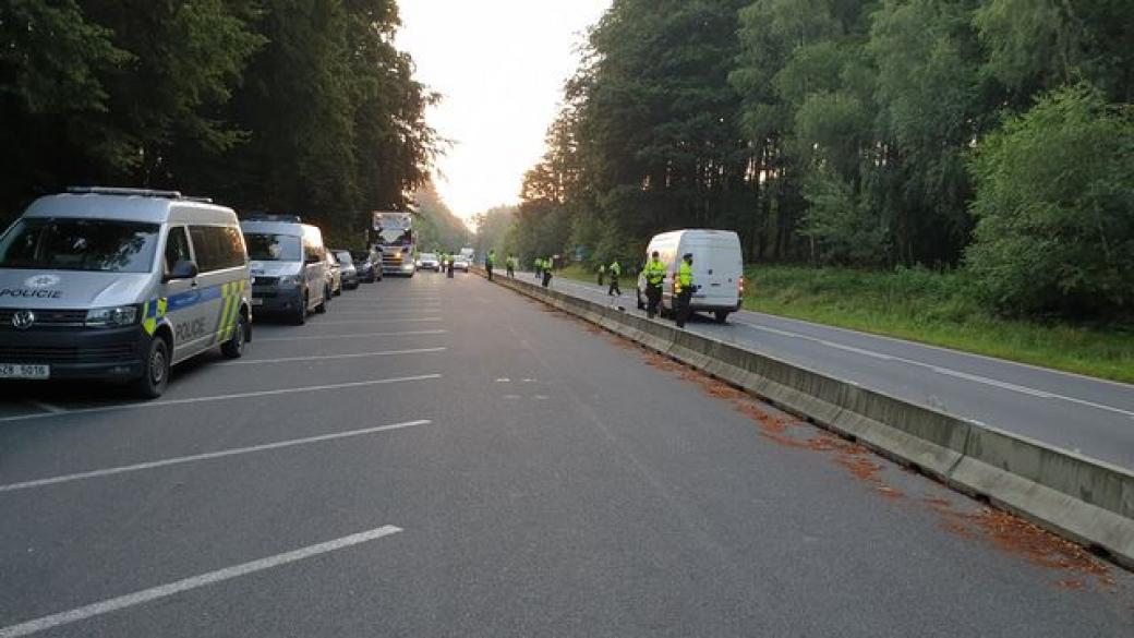 Masivní silniční kontroly. Policisté zkontrolovali více než 3300 vozidel