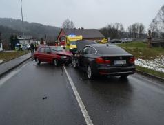 Hledáme svědky dopravní nehody. V Ústí se střetla dvě vozidla