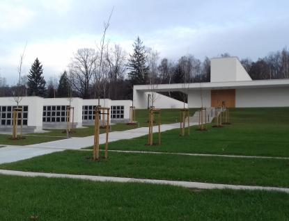 Valašské Meziříčí má novou smuteční obřadní síň. Za 28 milionů