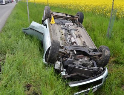 Srážka dvou osobních aut si vyžádala čtyři zraněné