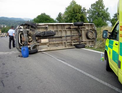 Vážná dopravní nehoda si vyžádala devět zraněných osob