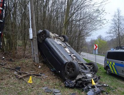 Dvě nehody si vyžádaly tři zraněné osoby