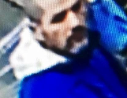 Policisté žádají o ztotožnění muže, který zneužil cizí platební kartu