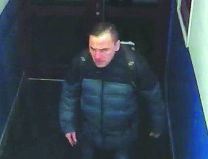 Ve  Valašském Meziříčí ukradl zloděj Škodu Superb. Policie hledá svědka