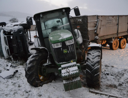 Traktorista dostal smyk a trefil dodávku. Nafoukal 0,71 promile
