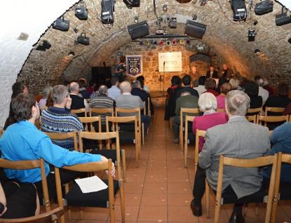Začal Chaverut, série programů věnovaných Izraeli
