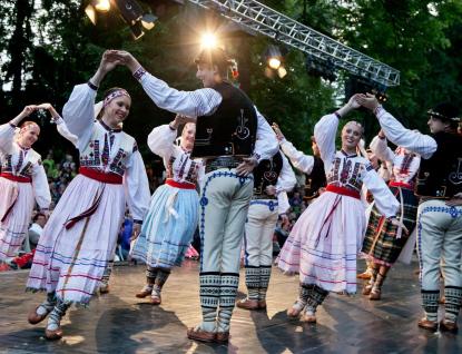 Víkend vRožnově: Zpívající vlak, Ondrášova Valaška či Muzicírování se Soláněm