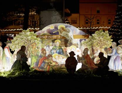 Týdenní Vánoce na náměstí vRožnově zakončí AG FLEK
