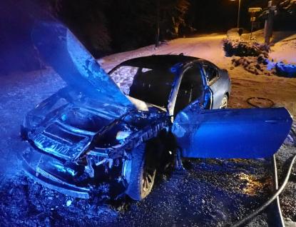 U požáru osobního automobilu na Soláni zasahovaly dvě jednotky hasičů