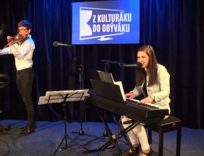 Kamila s Danielem z Hošťálkové zazářili v živém přenosu z Domu kultury