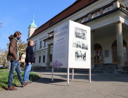 Výstava před zámkem připomíná Vsetínské povstání