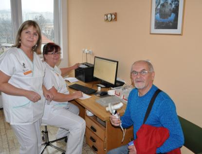 Ve Vsetínské a Kroměřížské nemocnici si lidé mohou nechat zdarma vyšetřit zdraví svých plic