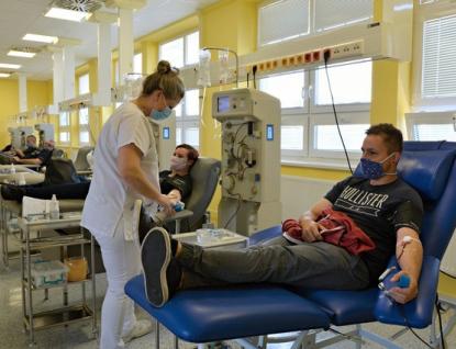 Uherskohradišťská nemocnice loni uskutečnila 12600 odběrů krve a vyrobila 105 jednotek rekonvalescentní plazmy