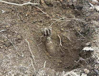 Ve zlínské Kocandě ležela dělostřelecká mina. Pyrotechnici ji odvezli k likvidaci