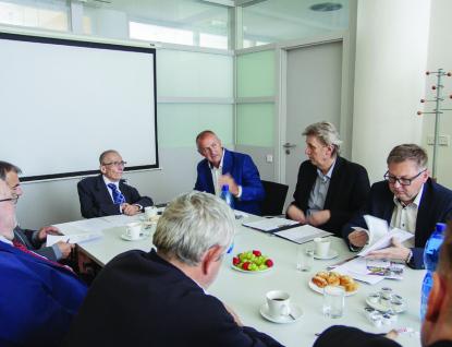 Představitelé kraje jednali sNárodní radou zdravotně postižených o zlepšování podmínek lidí s handicapem