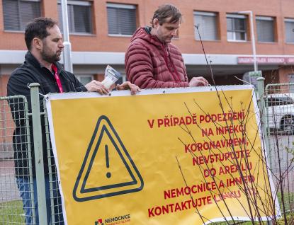 Nemocnice Zlínského kraje ve svých areálech ruší nejbližší připravované akce pro veřejnost