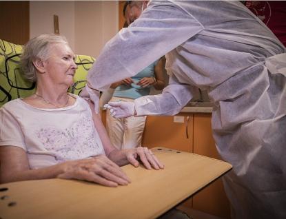 Ve Zlínském kraji byli očkováni proti COVID-19 všichni zájemci vpobytových sociálních službách