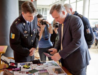 Kraj přispěl policii na ostrahu státní hranice