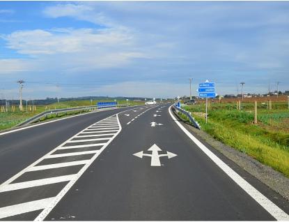 Stát dá letos do silnic vkraji 127 milionů korun, ale má zpoždění