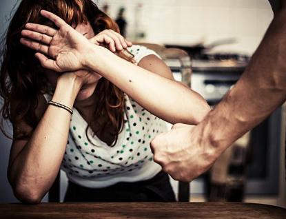 """Jak poznat oběti domácího násilí a sexuálního zneužívání? """"Baťovka"""" uspořádala pro své zaměstnance seminář"""
