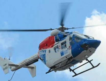 Nehoda u Vsetína: Pro zraněného seniora letěl vrtulník