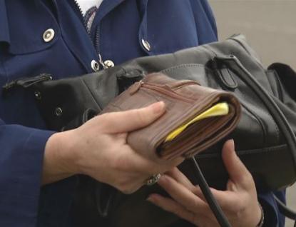 Z peněženek nespouštějte oči, zloději využijí sebemenší příležitosti a nepozornosti