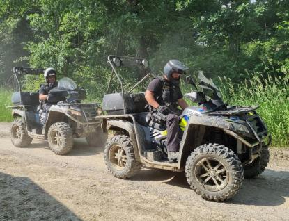 Policisté se zaměřili na motorkáře v lesích. Řešili téměř dvě desítky přestupků