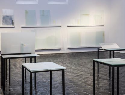 Sklář Palo Macho vystavuje vGalerii Kaple