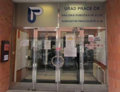 Nezaměstnaných ve Zlínském kraji ubylo