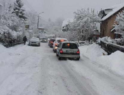 Zima udeřila naplno. Celý kraj zasáhla kalamita