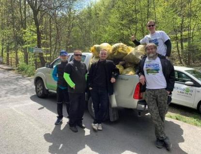 Do Beskyd vyrazilo uklízet pět tisíc dobrovolníků