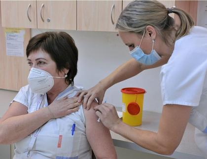 Hejtman Radim Holiš vyzval zdravotníky k pomoci s očkováním proti COVID-19
