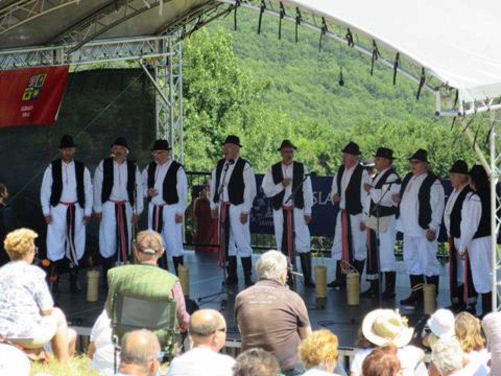 Vneděli se na Velké Javořině konají Slavnosti bratrství Čechů a Slováků