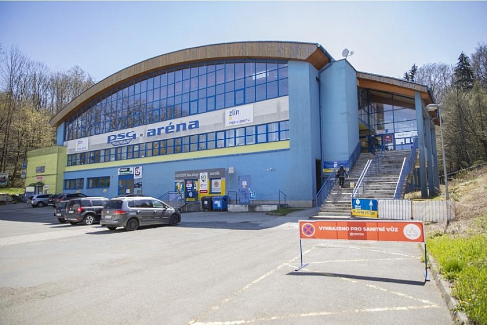 Ve zlínské PSG aréně bylo otevřeno velkokapacitní očkovací centrum