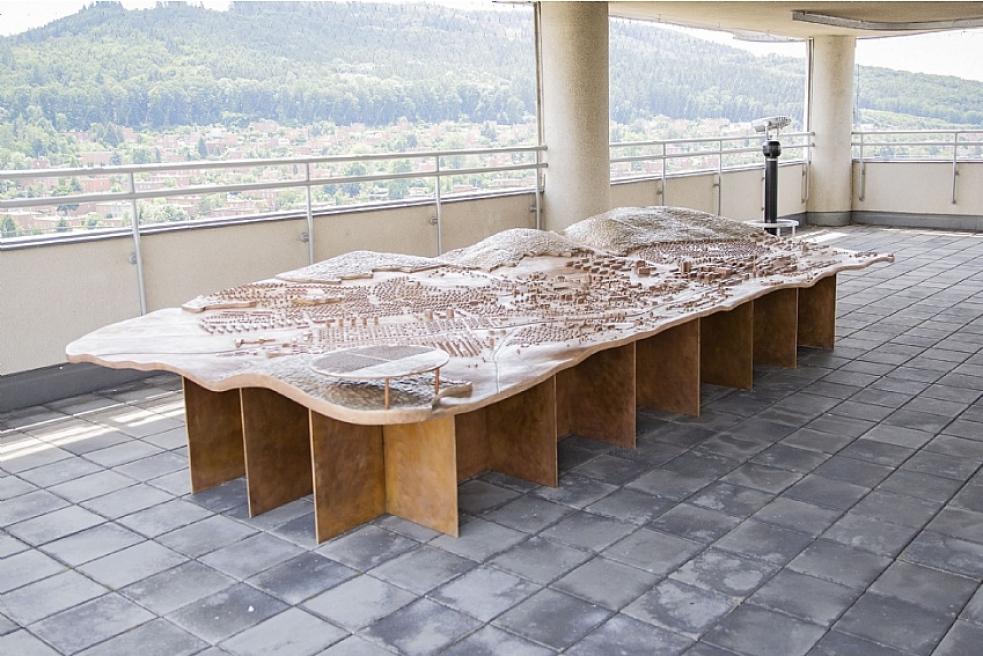 Baťův mrakodrap láká na zmodernizované expozice, na terase vznikla zcela nová
