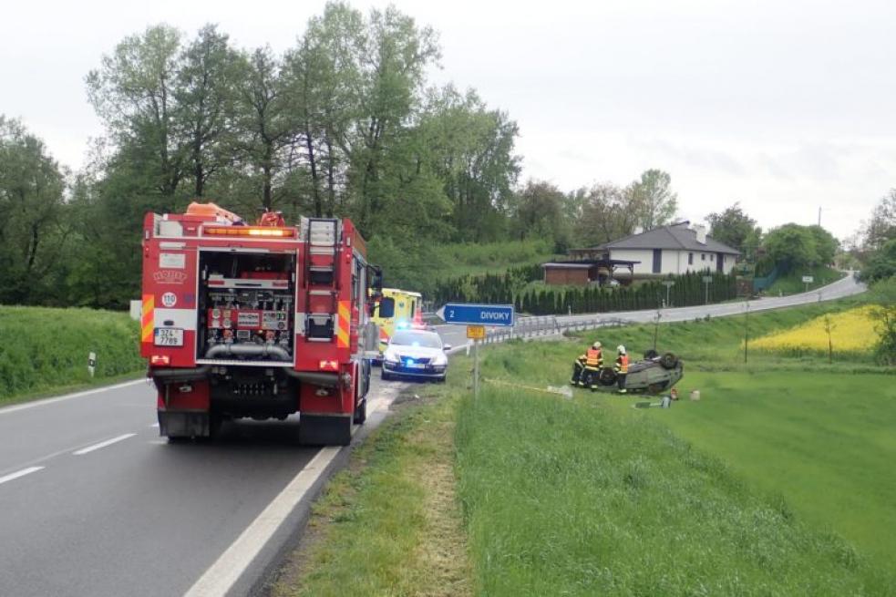 Pátek přinesl hned několik dopravních nehod
