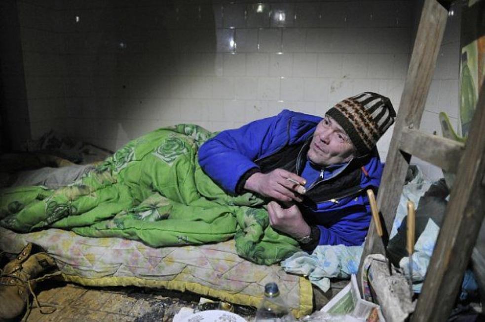 Bezdomovci se opili a pak jeden druhého napadl