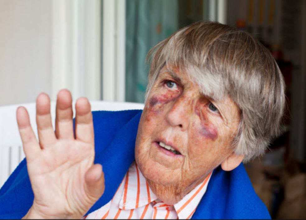 Policisté připravili pro seniory preventivní rady v nemocnicích