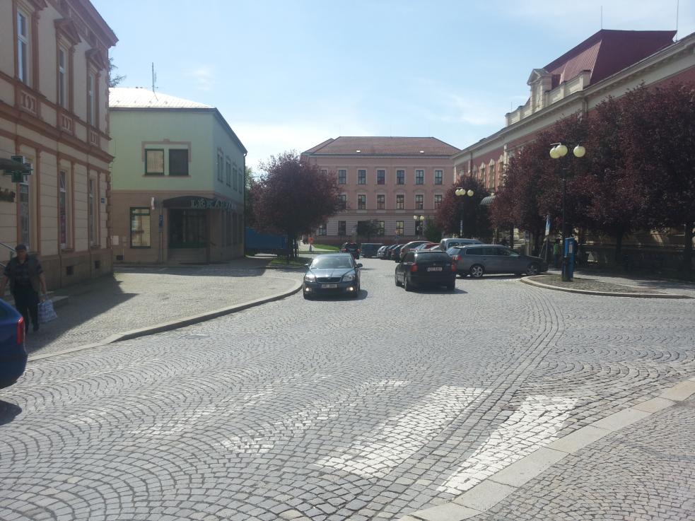 Ke zjednosměrnění ulice Soudní, Komenského a části ulice Poláškova ve Valašském Meziříčí dojde ještě letos