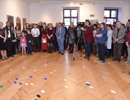 Sklářská škola ve Valašském Meziříčí  oslavuje 75 let výstavou i almanachem