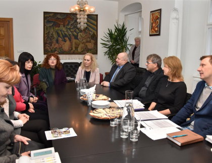 Školáci zŽerotínky a Bulharska připravují společnou divadelní hru