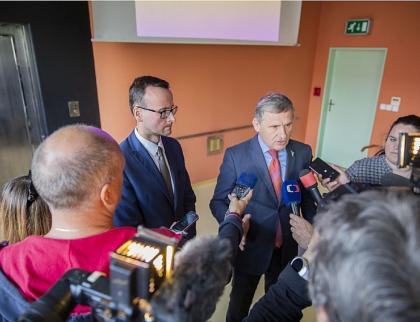 Hejtman Čunek představil zastupitelům projekt Nové krajské Baťovy nemocnice