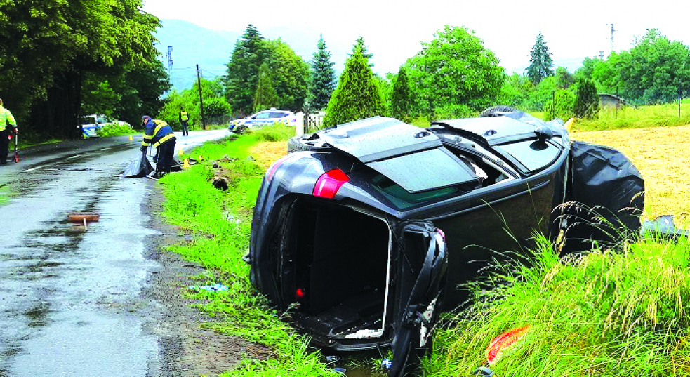 Při nehodě u Rožnova zemřel jedenačtyřicetiletý řidič