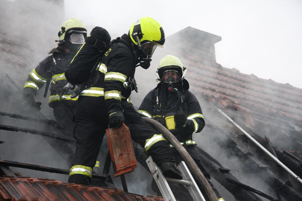Požár způsobil na dílně a domku škodu dva miliony