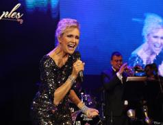Helena Vondráčková vystoupí 18. srpna v amfiteátru ve Valašském Meziříčí. Koncert je součástí turné Helena DNES