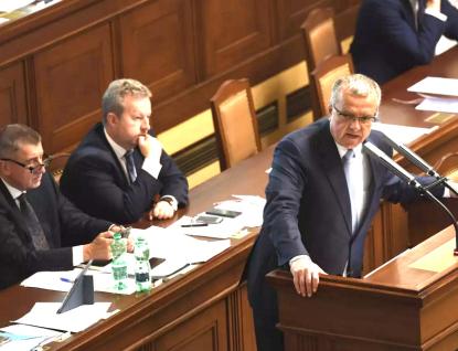 Chcete legalizovat zlodějny a zavést Babišovo Palermo, pustila se opozice do vlády