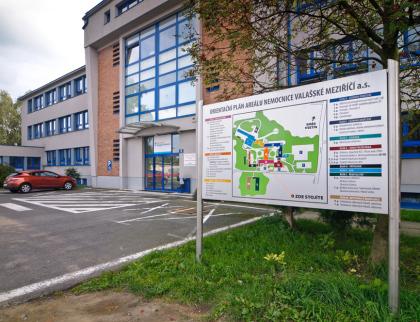 Rada schválila opravy vnemocnicích za 13,6 milionu korun